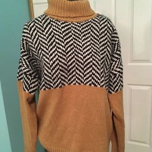 Chunky soft chevron turtleneck